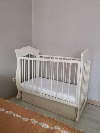 Детская кровать б/у
