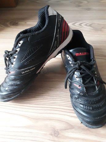 Футболни обувки 36 номер