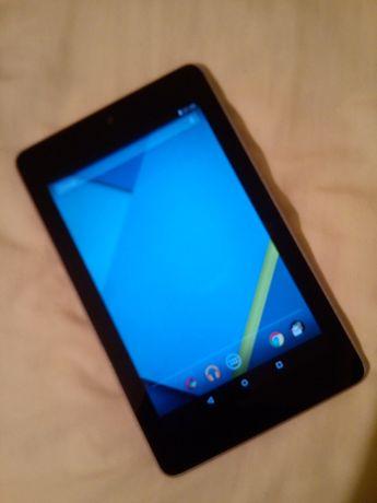Asus Nexus 7 Таблет Huawei Mediapad 10
