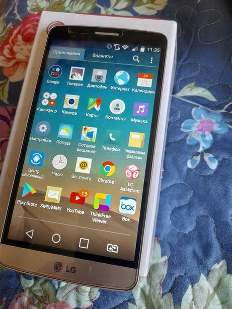 Телефон LG  G3  stylus.