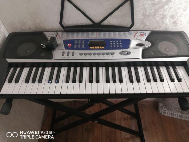 Синтезатор электронный