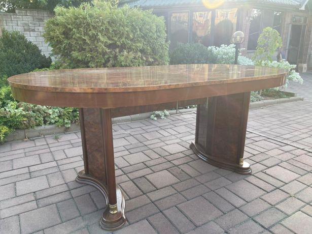 Продам стол гостинный
