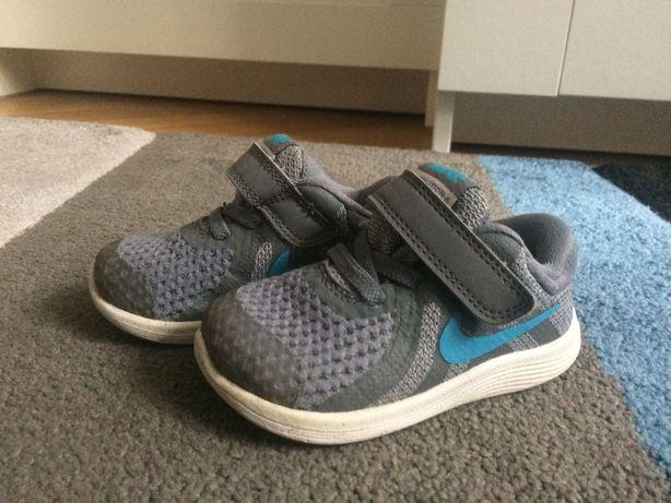 Adidasi copii Nike marime 21