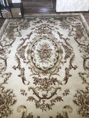 Продам ковры 4  штуки