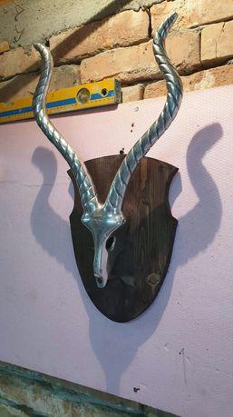 Obect decorativ coarne de caprioara din aluminiu
