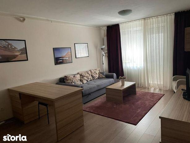 De vanzare Apartament 3 camere situat in zona Cetate ( Bloc Bou ).