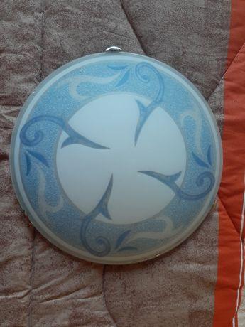 Плафониера-бяло и синьо