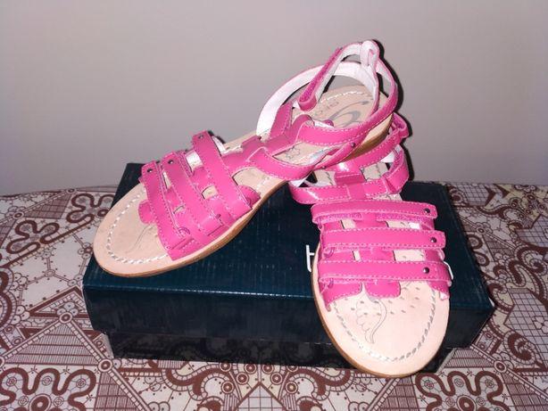 Летние сандалии для девочек