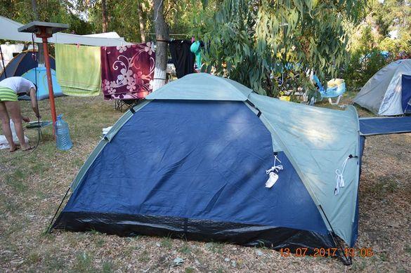 "Триместна и шест местна качествена палатка с преддверие, "" Pro Action"