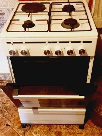 Продам  комбинированную  плиту