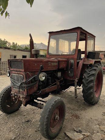 Tractor U650 Disc, plug, remorca, masina erbicidat