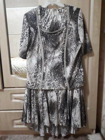 Продам платье 52 размер