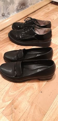 Обувь на школьницу.