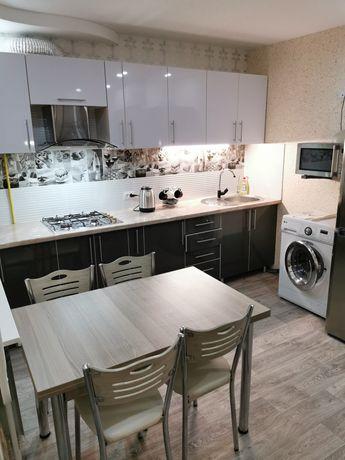 Квартира посуточно, 1 комнатная, 7 мкр. евро-ремонт
