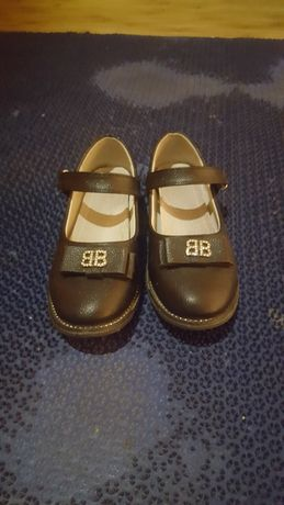 Туфли для девочки для школу