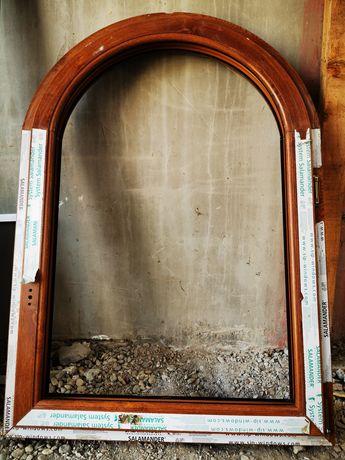 Vând ferestre pasive cu arcada Salamander 92 mm