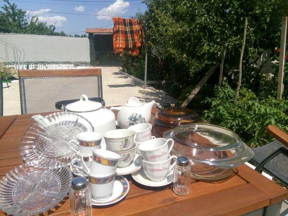 Чаши за кафе,солници,чайник, за ордьоври,врати