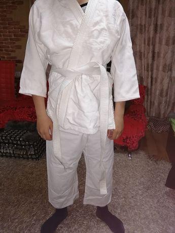Продам кимоно б/у
