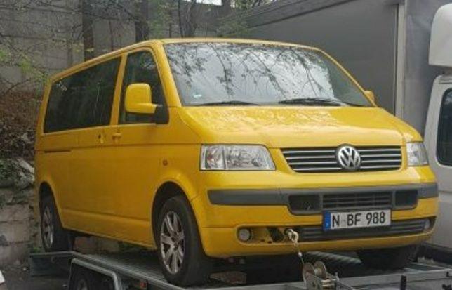 Dezmembrez Volkswagen t5 CARAVELLE 8+1  2.5 motor BNZ cutie automată
