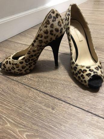 Туфли от Massimo Dutti