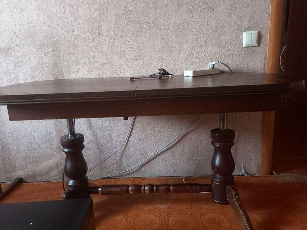 Стол журнальный столовый