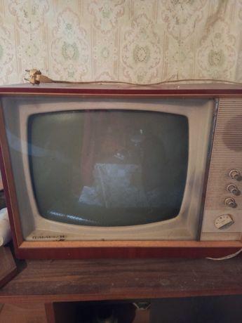 Телевизор Пирин  ретро