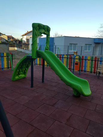 Детски пързалки за деца от 3 до 12г