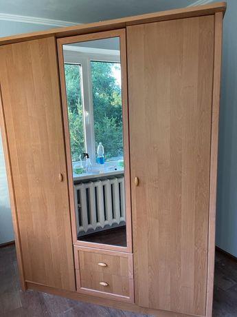 Срочно продам шкаф!!!