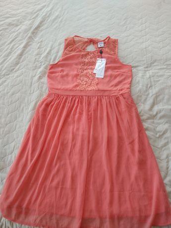 Страхотна нова рокля на Vero Moda