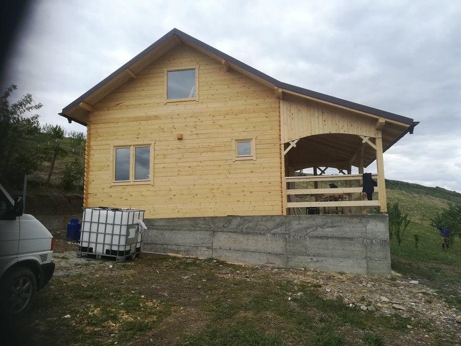 Vand cabana cu semi etaj de 42 mp cu terasa de 12,5 mp Vargatac - imagine 1