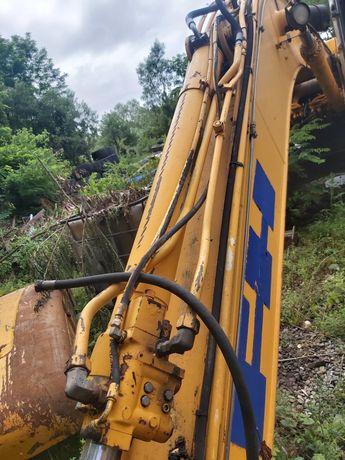 Cilindru antebrat excavator fiat hitachi ex 215 .