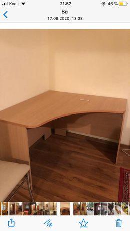 Стол  письменнный со шкафом