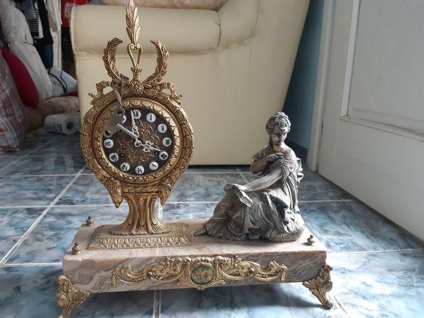 Ceas mecanic de colecție