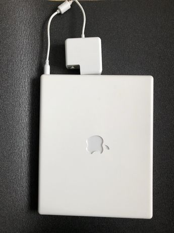 Apple  iBook G4