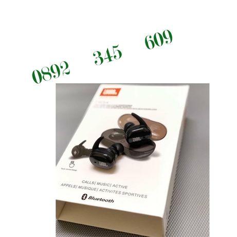 Нови Безжични слушалки JBL TWS 4 със сензорно управление за телефон