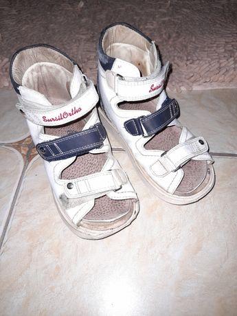 Ортопедическая .обувь