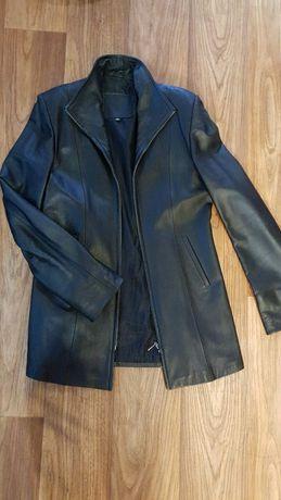 Продаю натуральную кожанку, а также куртку Bershka
