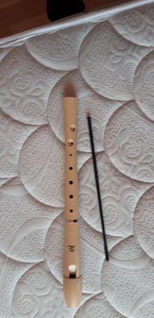 Продаю музыкальный инструмент