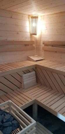 Saune traditionale finlandeze, din molid masiv, echipate Harvia