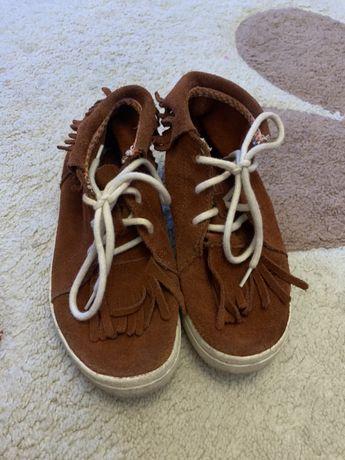 Adidasi/pantofiori Zara Girl Marimea 31