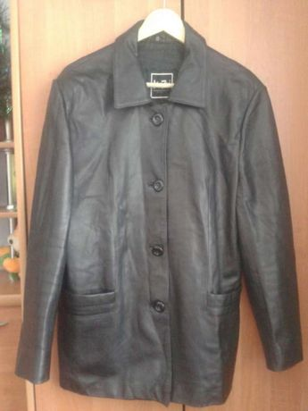 Куртка женская импортная.