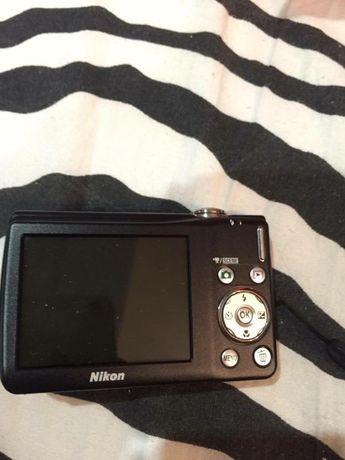 Цифров фотоапарат Никон
