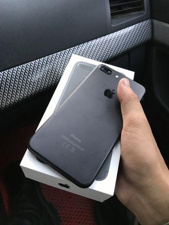 Продаю Iphone7+ срчно