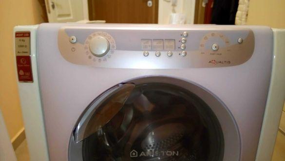 Продавам пералня Hotpoint Ariston AQXF 109 НА ЧАСТИ