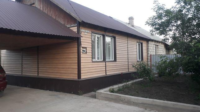 Продам благоустроенный  дом в п.Заводской.