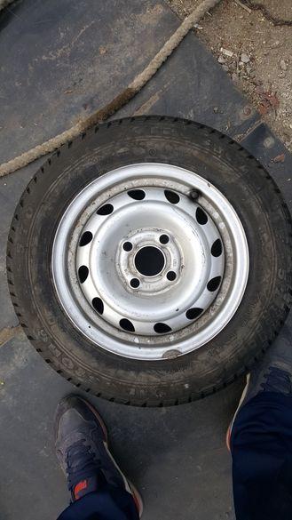 Джанта 4х100 с нова гума 145 13 опел