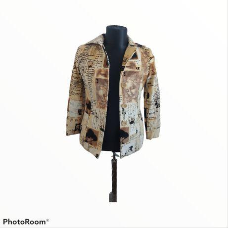 НОВО Moschino размер-L Оригинално дамско сако