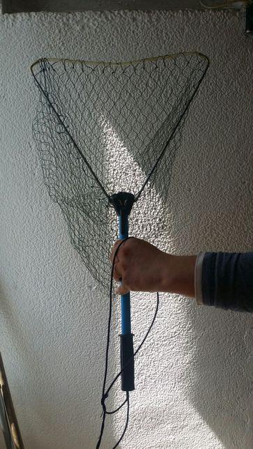 Minciog ptr.pescuit pe râu. la muscā