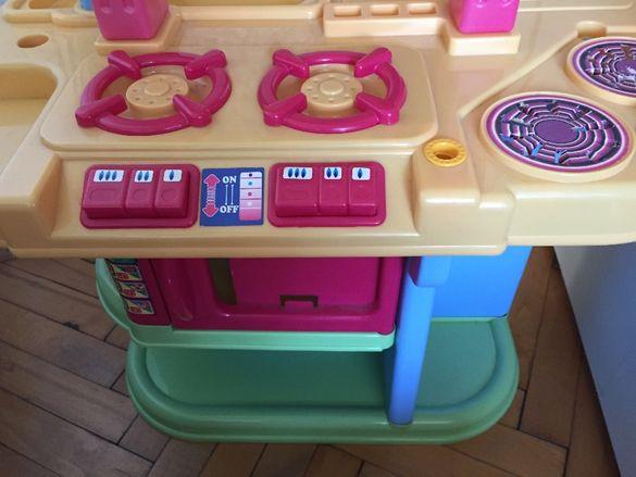 Голяма детска кухня,количка,зеленчуци,прибори,съдове за готвене