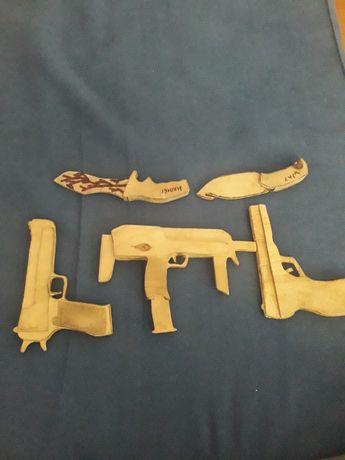 Деревянное игрушки из игры